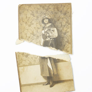 Původní fotografie bývají v různém stavu